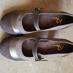 A2 Aerosole shoes